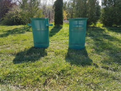 Kültéri hulladékgyűjtő.